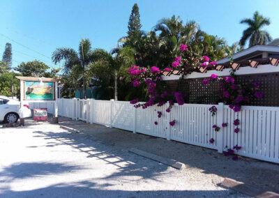 Anna-Maria-Island-Harbor-Lane-Court-Rental-parking-area