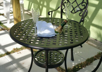 Anna-Maria-Island-Harbor-Lane-Court-Rental-table-with-champage